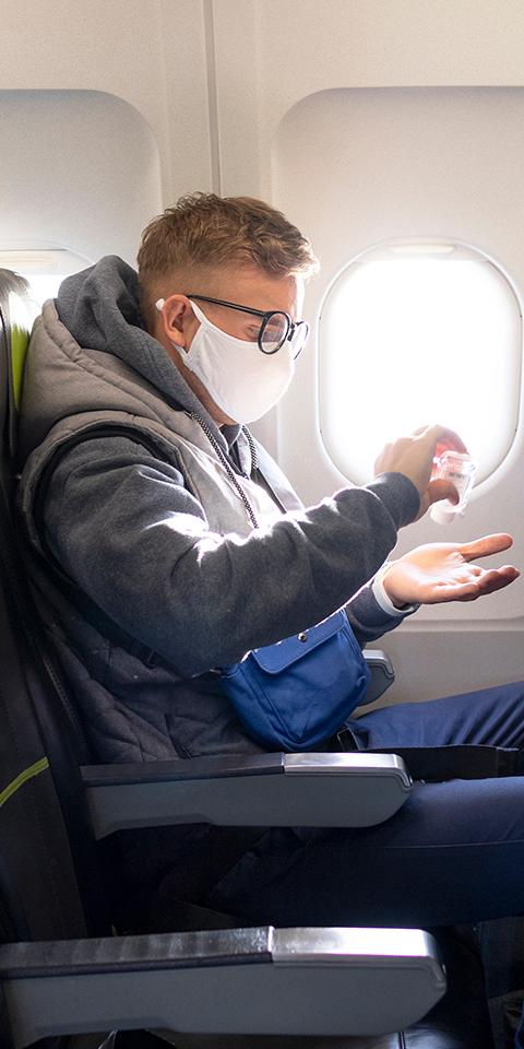 Como evitar o coronavírus em aviões