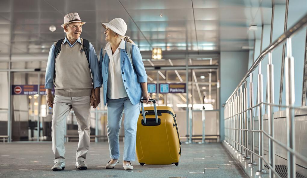 Orientações para a viagem de avião de idosos